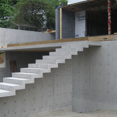 cantilevered-concrete-stair-architectural-concrete-1